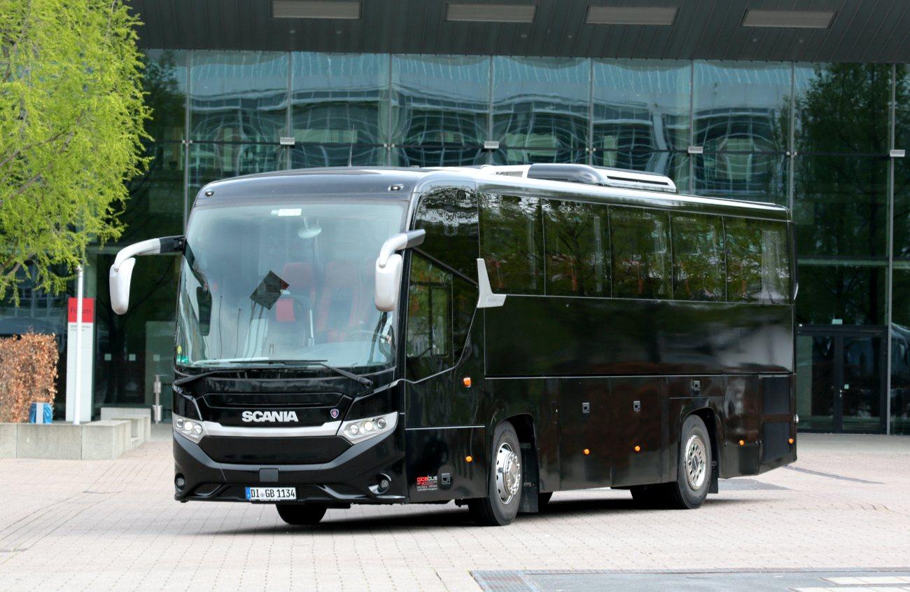 Mittlerer Bus