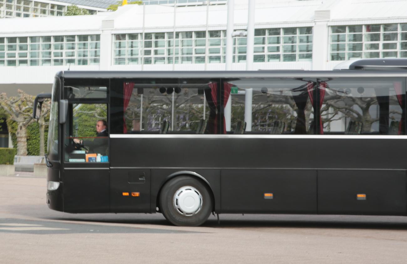 agt_busvermietung_und_touristik_bus-_und_eventlogistik_busflotte_bus_flotte_bus_fernbus_reisebus_xl_fernreisebusxl_ueberlandbus_großerbus_busmitfahrer