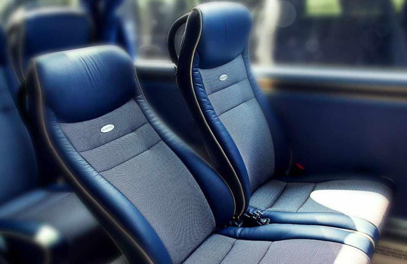 agt_busvermietung_und_touristik_bus-_und_eventlogistik_busflotte_bus_flotte_bus_fernbus_reisebus_xl_fernreisebusxl_ueberlandbus_großerbus_sitzplaetze
