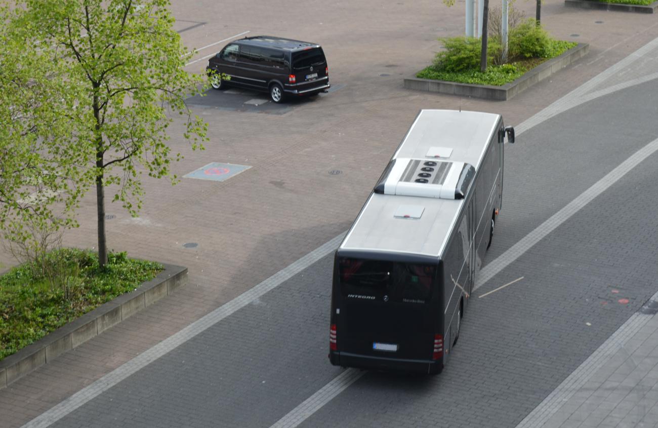 agt_busvermietung_und_touristik_bus-_und_eventlogistik_busflotte_bus_flotte_bus_fernbus_reisebus_xl_fernreisebusxl_ueberlandbus_großerbus_vonoben